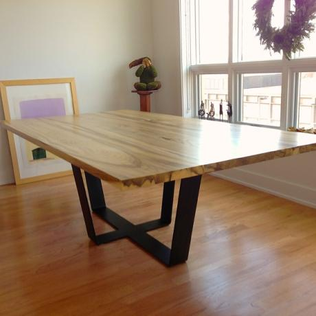 reclaimed-hackberry-dining-table2_0